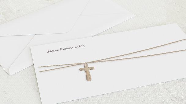 Umschlag mit Design Kommunion - Holzkreuz