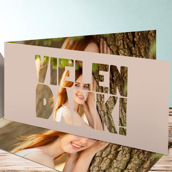 Fototext - Horizontale Klappkarte 210x100 - Dunkel Bisquite