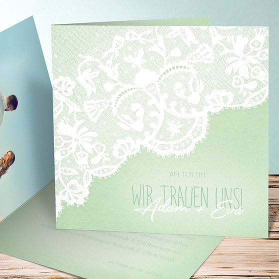 Pastellspitze - Quadratische Klappkarte 145x145 - Feines Aquamarin