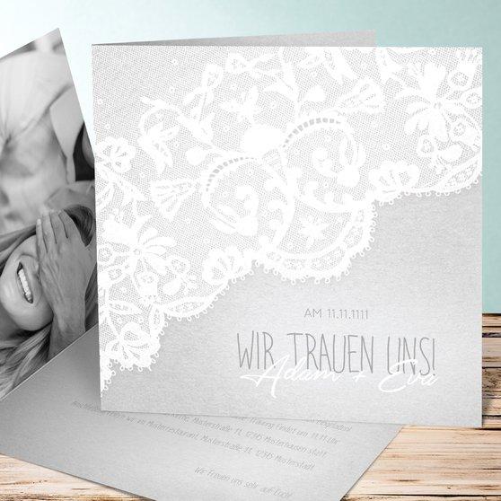 Pastellspitze - Quadratische Klappkarte 145x145 - Hellgrau