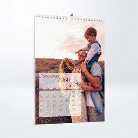 wandkalender online mit eigenen fotos selbst gestalten und drucken lassen. Black Bedroom Furniture Sets. Home Design Ideas