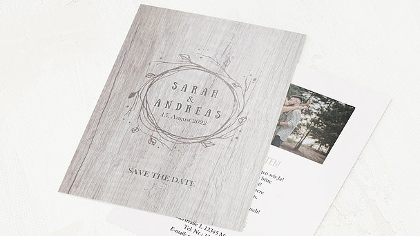 Save the Date - Rustic wood